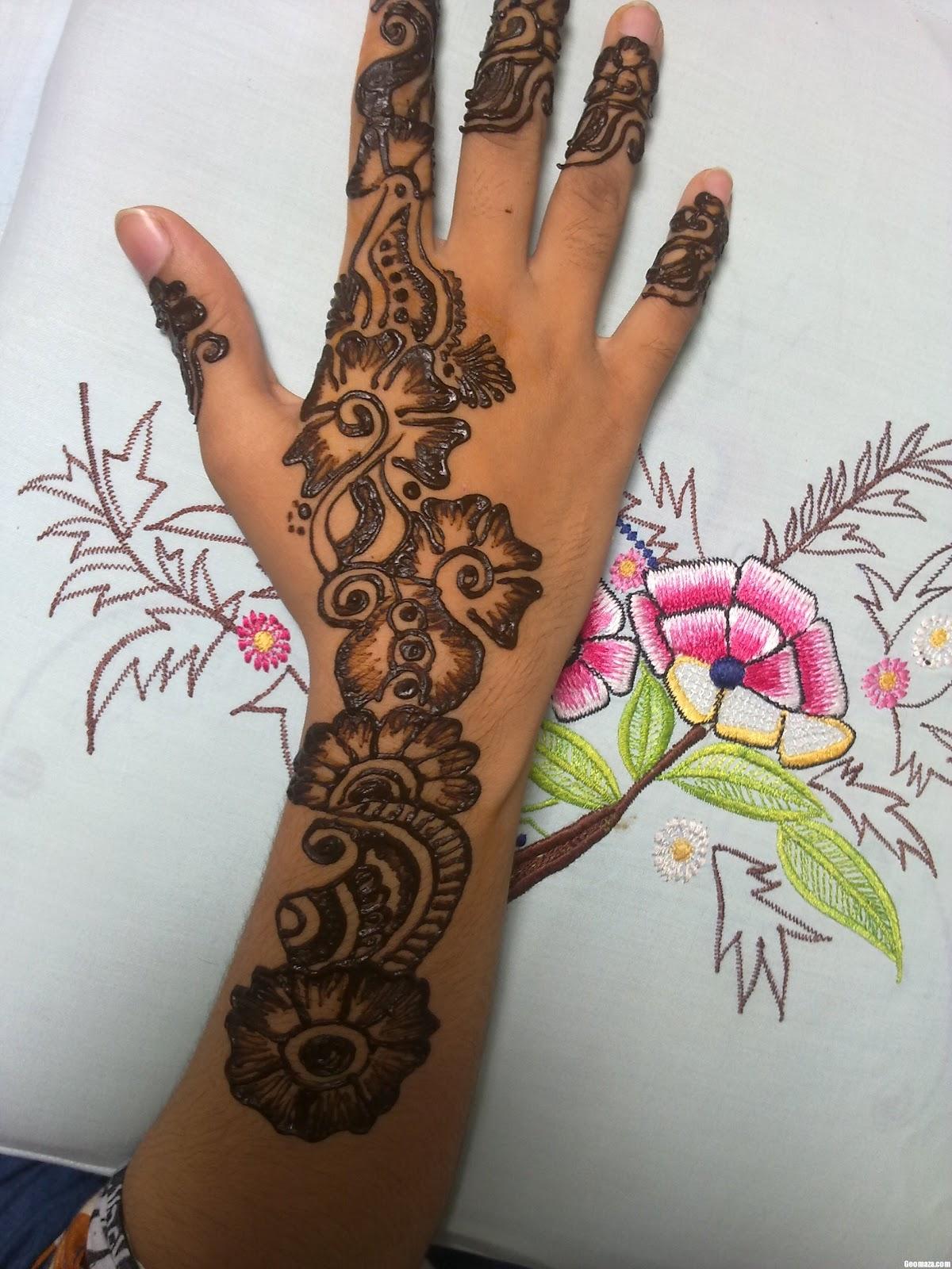 HAIDER MUNIR: New Mehndi Designs