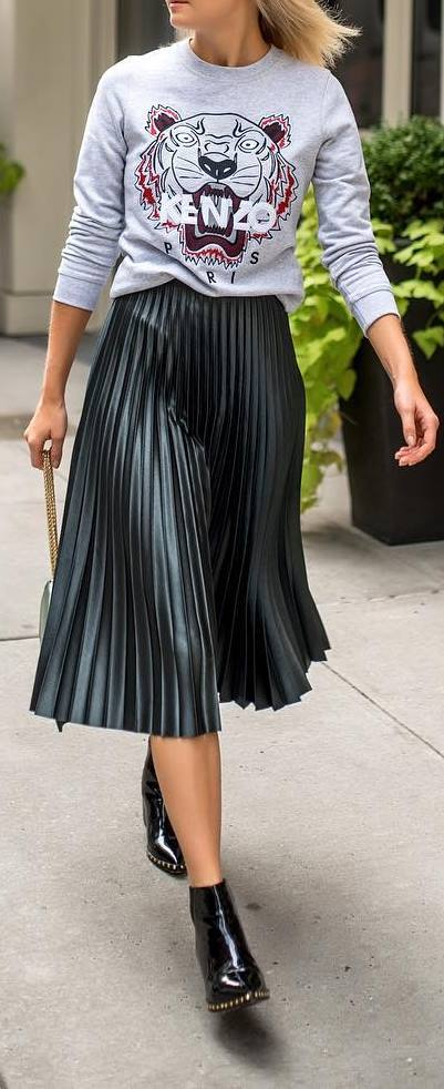 street style outfit idea: print top + skirt