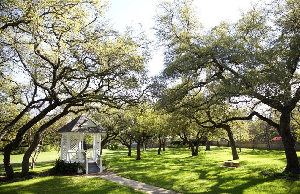 Green Pastures Austin Wedding Venue