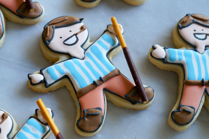how to make Pier Giorgio Frassati decorated cookies
