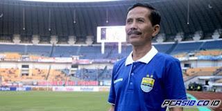 Djanur Aman sebagai Pelatih Persib, Manajamen Tidak Akan Memecatnya