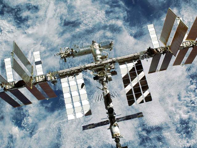 Roscosmos dan NASA Bahas Kebocoran Misterius di Stasiun Antariksa Internasional