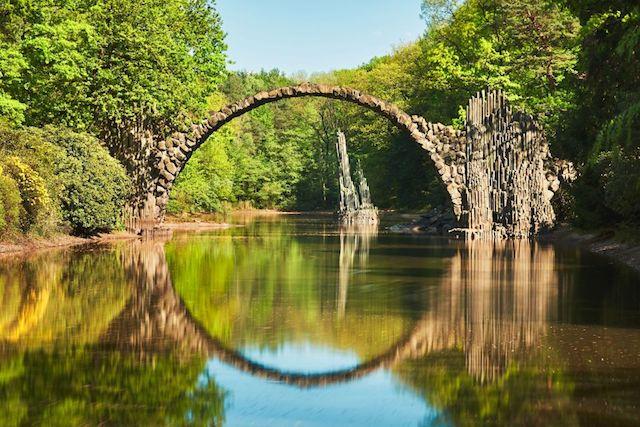 Ponte do Diabo em Kromlau na Alemanha