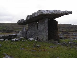 approfondimento sulla preistoria, i dolmen