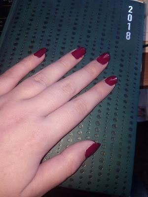 #Review - Verniz Catrice Iconic Red #17