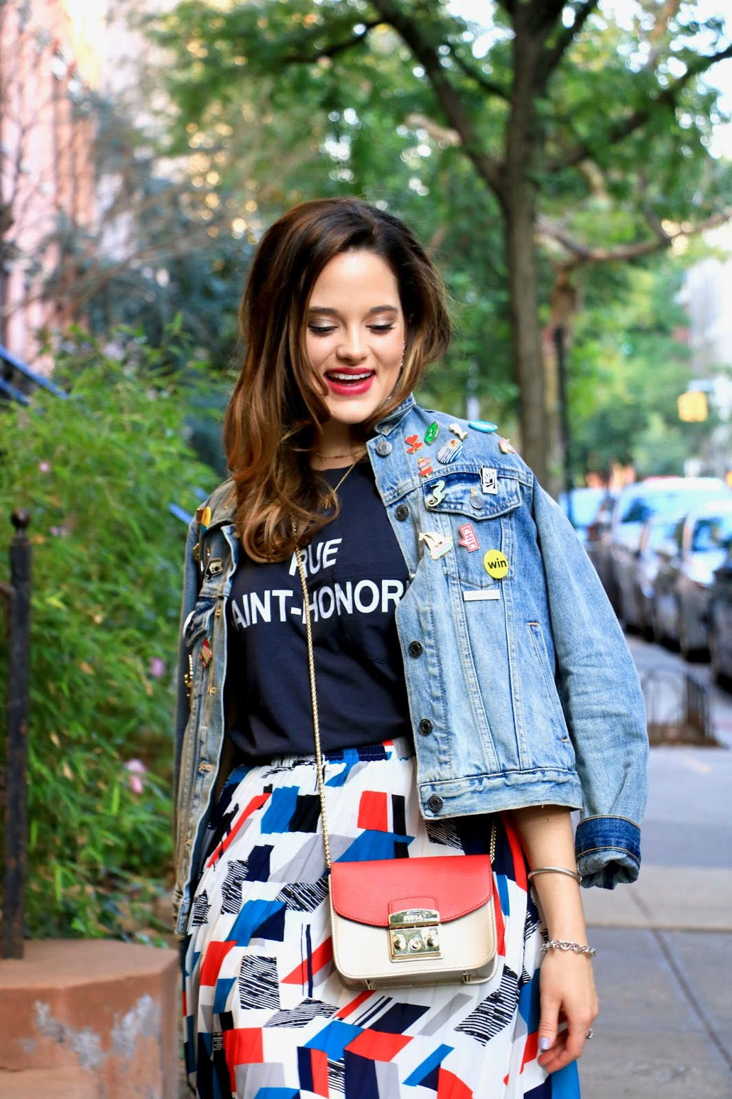 Nyc fashion blogger Kathleen Harper showing how to wear a jean jacket for fall 2018