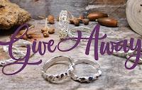 Logo Partecipa e vinci gratis una coppia di fedi in argento