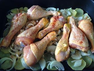Añadir capa de pollo y pimentón