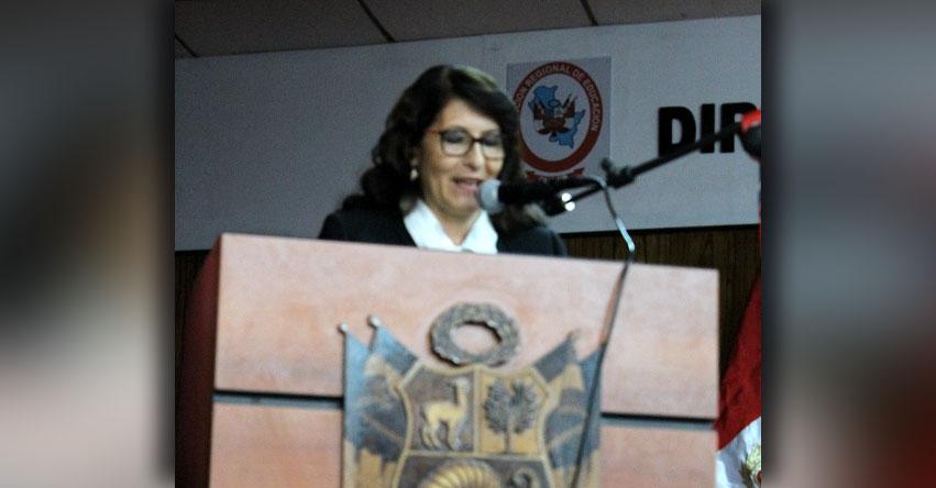 Designan nueva directora en la DRE Cusco (Paula Patricia Luksic Gibaja) www.drecusco.gob.pe