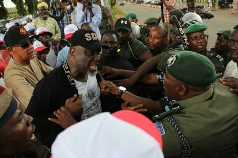 Saraki, Dino Melaye, Ordered To Report At Police Headquarters For Protesting Yesterday