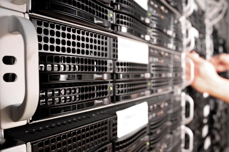 Pembangunan Data Server