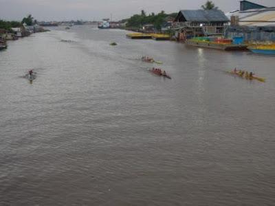 lomba perahu bidar palembang