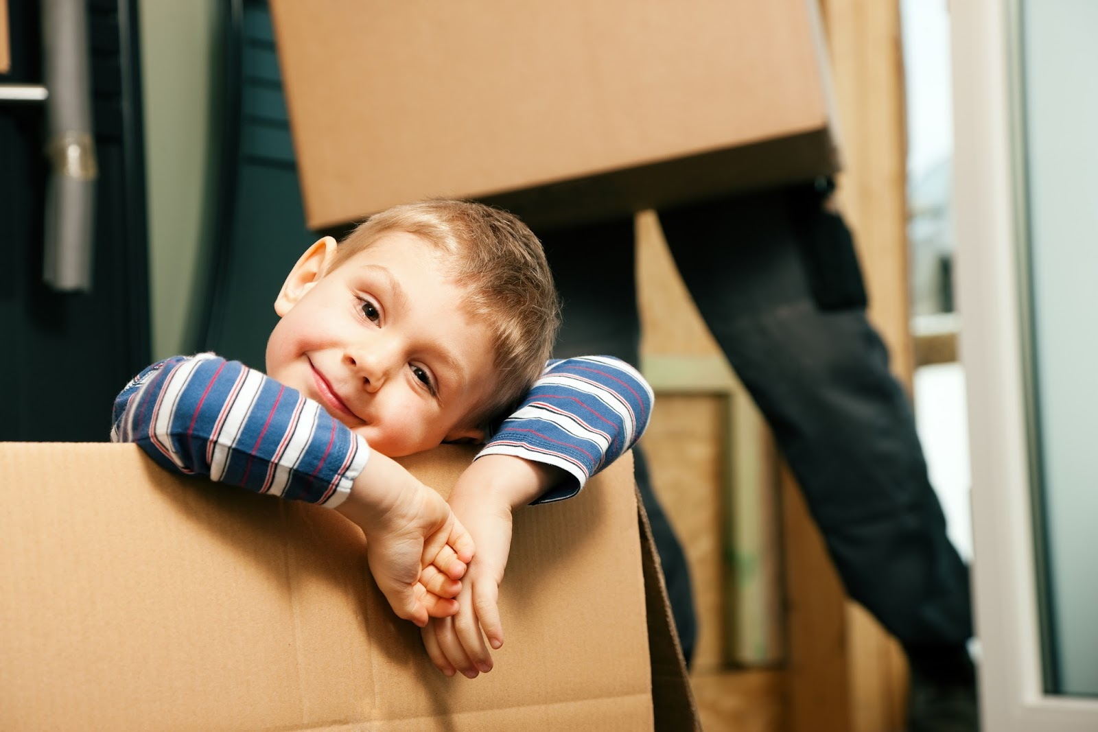 How to Store and Prepare Your Used Items for Resale - Children can help with boxes