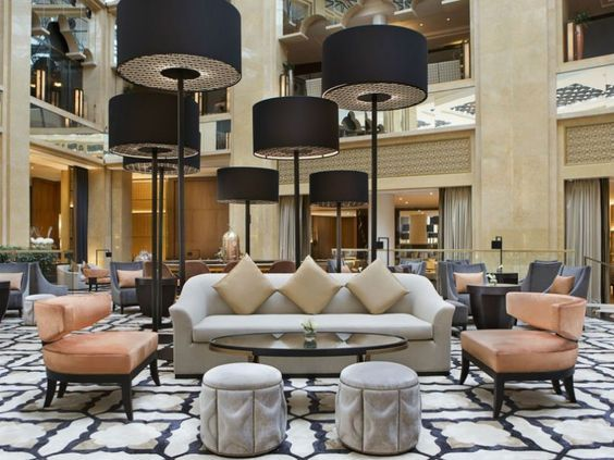Hotel Lobby decor with Luxurious Suspension Lamp
