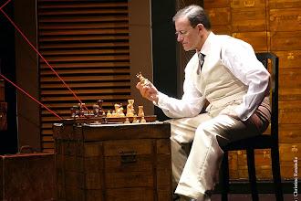 Théâtre : Le joueur d'échecs d'après Stefan Zweig - Adaptation d'Eric-Emmanuel Schmitt - Avec Francis Huster - Théâtre Rive Gauche - Paris 14