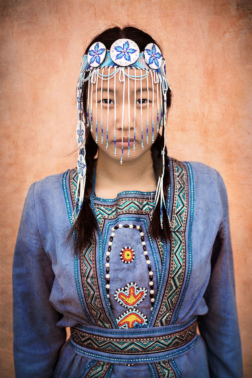 He Traveled 25000 Km In Siberia To Capture The Beauty Of Its Indigenous People With His Camera. The Pictures Are Breathtaking! - Evenki Girl