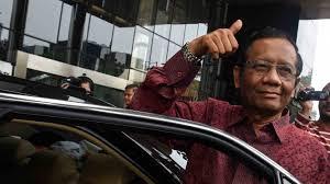 Mantan ketua Mahkamah Konstitusi Mahfud MD mengucapkan selamat Hari Pers Nasional, yang jatuh hari ini, Sabtu 9 Februari 2019. Pers pun dinilai sudah memiliki peran penting sejak saat merebut kemerdekaan Republik Indonesia dari jajahan Belanda.