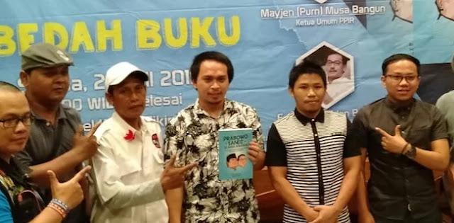 Gara-gara Kecewa, Eks Pendukung Jokowi Tulis Buku tentang Prabowo