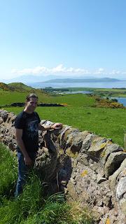 Isle of Cumbrae zöld fű Skóciában