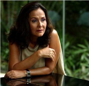 Biodata Pilar Pilapil Pemeran Doña Benita Buenavista
