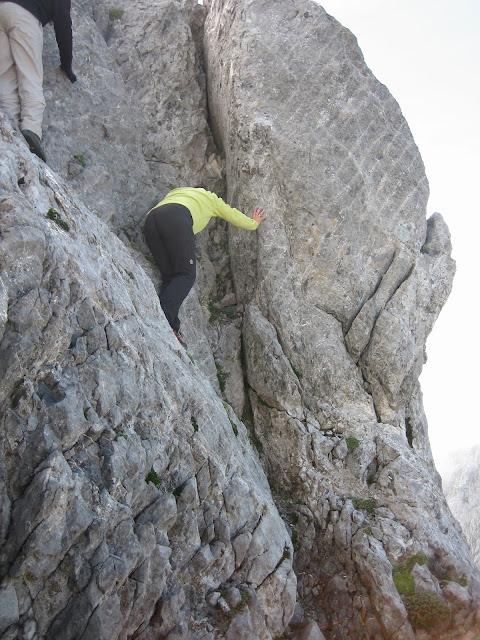 Rutas Montaña Asturias: Bajando el Primer Castillín
