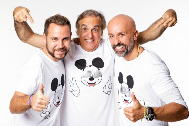 Camiseta-solidaria-mickey-Alvarno