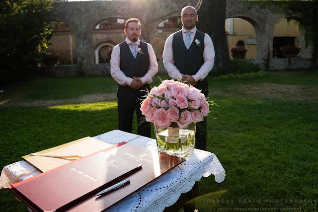 Ceremony at giardini di Principessa Di Piemonte Ravello