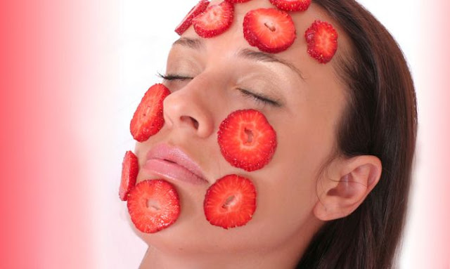 mascarilla con fresas