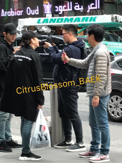 [FANTAKEN] 170425 Chanyeol and Baekhyun Spotted at NYC
