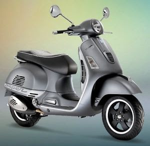 new scooter 2017 Vespa GTS 300 Super Sport  hd image