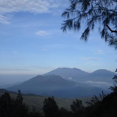 Hal-Hal yang Perlu Kita Tahu Sebelum Naik Gunung