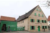Hotel Bernuansa Daging di Jerman