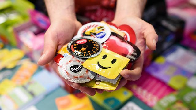 Usados y reciclados: Desarticulan una red de falsificación de condones en China