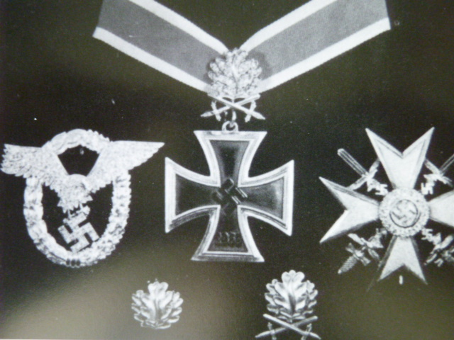 KNIGHT'S CROSS SCAMS | NAZI CELEBRITY RELICS: REAL OR FAKE?