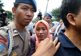 Diperiksa Polisi Soal Pencakaran, Dora Natalia Dicecar 20 Pertanyaan