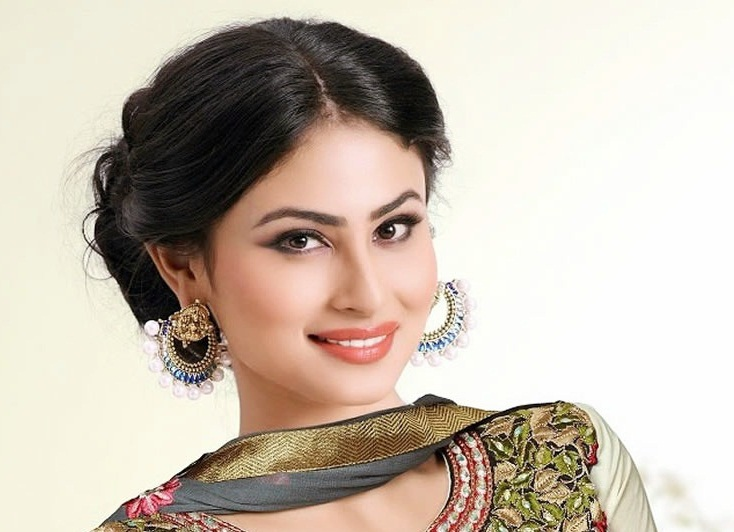 Mouni Roy Hits, Flops, Blockbusters, Box Office Records, Mouni Roy Filmography, Top 10 Highest Grossing Films mt Wiki, Mouni Roy Top 10 Highest Grossing Films Of All Time wikipedia, Biggest hits of his career, Wiki, Box Office Indian, koimoi