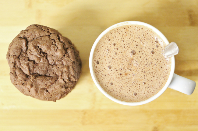 Easy 10 minute double chocolate chip cookie recipe beginners baking