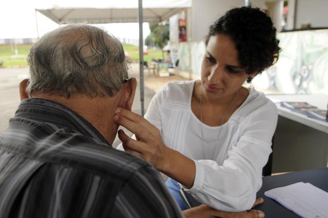 hanseniase%2B %2BC%25C3%25B3pia - Semana de Combate à Hanseníase orientou mais de 800 pessoas na Centro-Sul