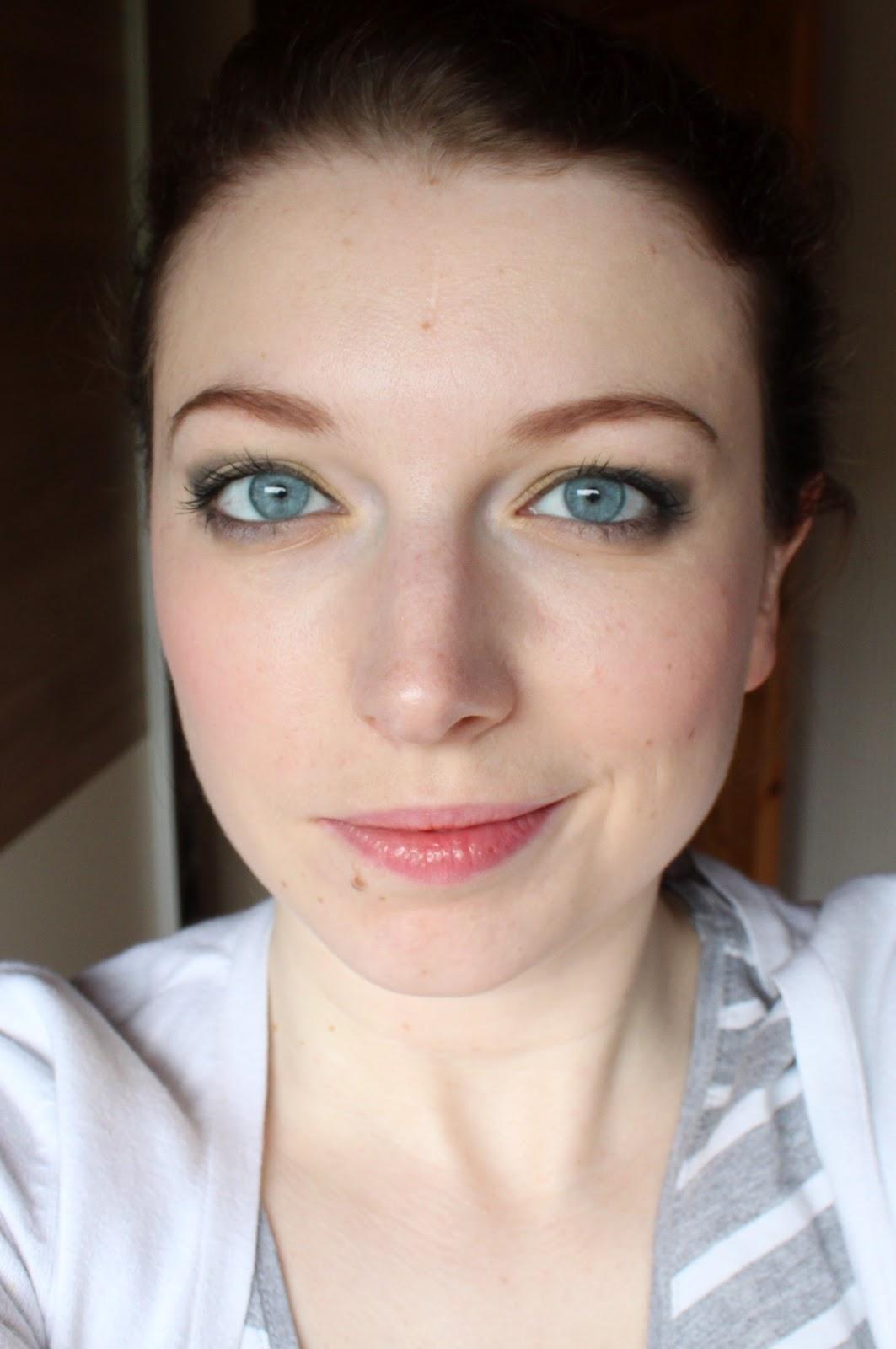 crayon pour sourcils