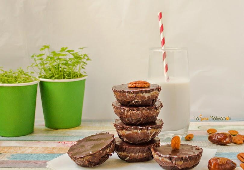 Tarrinas de chocolate y caramelo crudiveganas sin gluten sin lactosa
