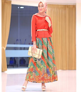 model busana muslim batik untuk pesta