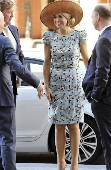Queen Maxima wore Natan Edouard Vermeulen Art Deco dress, Gianvito Rossi Metallic Pumps