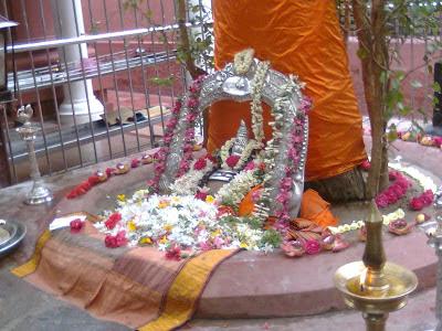 Raja Thatha's stotra translations: August 2015