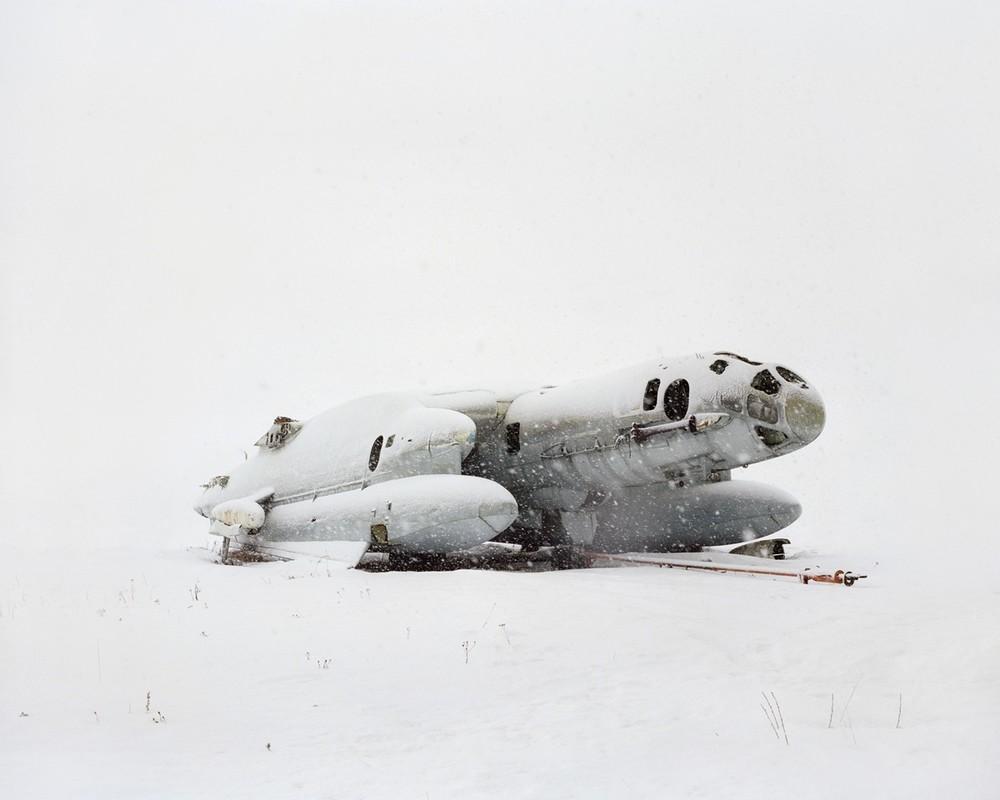 Avión anfibio en la nieve
