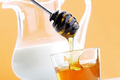 Chữa mất ngủ, khó ngủ hãy dùng mật ong