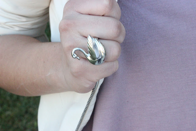 Forever 21 Silver Swan Ring
