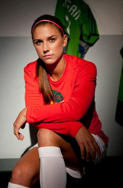 Alex Morgan  atlet voli cantik uzbekistan atlet volly cantik uzbekistan atlet cantik volly ball