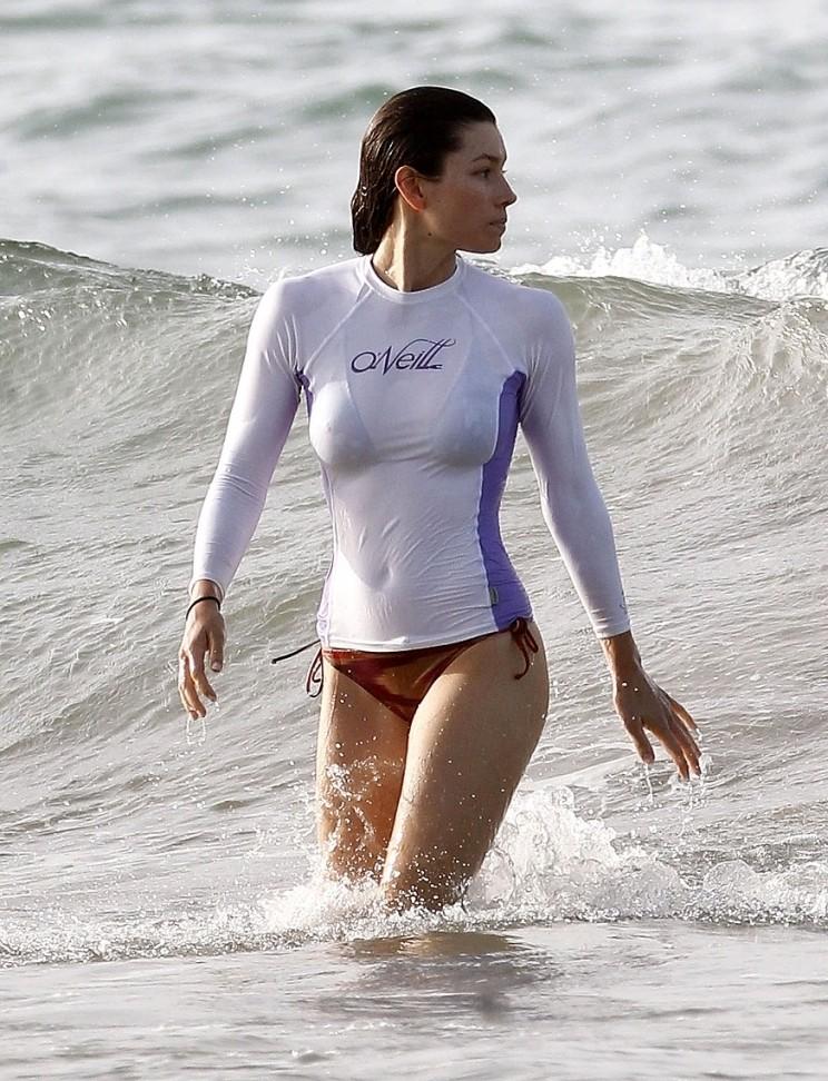 Anne S Beach Surfing