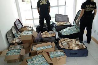 http://vnoticia.com.br/noticia/1940-video-pf-termina-de-contar-dinheiro-do-bunker-de-geddel-r-51-milhoes