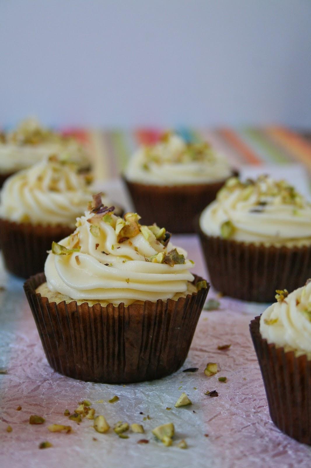 Easy lemon cupcakes with pistachios.